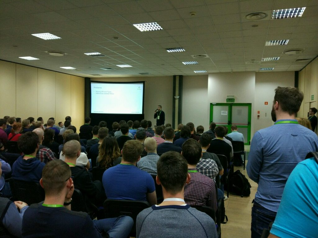 Łukasz Pyrzyk (.NET Core Tour co-organizer) giving his talk.